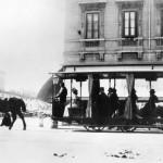 """La prima """"ferrovia a cavalli"""" urbana entra in servizio a Trieste il 30 marzo 1876"""
